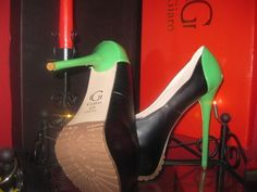 PUMPS GR. 44 VALANTINO GIARO ORIGINAL TV TRANSSEXUELLE PLATEAU SKY HIGHHEELS  SCHON AB 1 EURO :-))