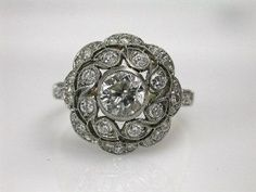 Very beautiful vintage engagement ring :)