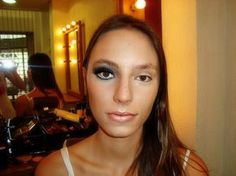 Aumentar os Olhos com Maquiagem