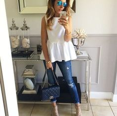 White smart but casual outfit with aviator sunnies Work Fashion, Fashion Looks, Fashion Outfits, Womens Fashion, Classy Outfits, Stylish Outfits, Cute Outfits, Spring Summer Fashion, Spring Outfits