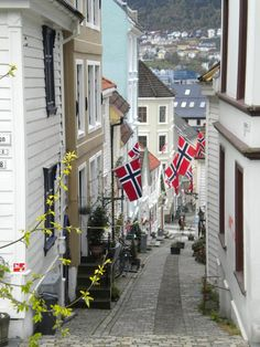 Bergen Norway all decked out for May Day Beautiful Norway, The Beautiful Country, Beautiful Places, The Places Youll Go, Places To See, Travel Around The World, Around The Worlds, Montenegro, Norway Viking