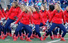 Patriots cheerleader and Northampton native Lyndsey Raucher ready to perform at Super Bowl New England Patriots Cheerleaders, Girls Toms, Hot Cheerleaders, Nfl Season, Usa Today Sports, Jacksonville Jaguars, Indianapolis Colts, New York Jets