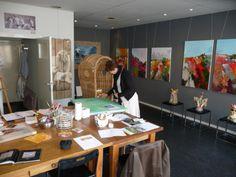 Een heerlijke ruimte om te werken, exposeren en workshops geven.