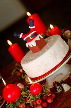 Christmas Cake Decorating Ideas- really want to try this! Christmas Cake Designs, Christmas Cake Topper, Christmas Cake Decorations, Christmas Cupcakes, Christmas Sweets, Holiday Cakes, Christmas Cooking, Christmas Holidays, Xmas Cakes