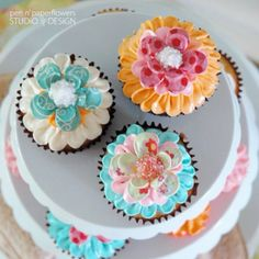 Gorgeous Cupcakes | Flowers | Whimsical