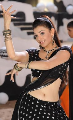 kajal agarwal cute navel..