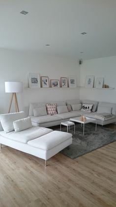 Wohnzimmer einrichten: skandinavisch & gradlinig. Annette Schulz (@netteschulz auf Instagram) setzt bei ihrer Einrichtung auf klares Design und helle Farben   #connox #beunique #furnituredesigns