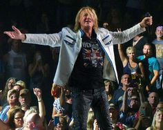 All sizes | Def Leppard - Sioux Falls - 2015 - 24-018 | Flickr - Photo Sharing!