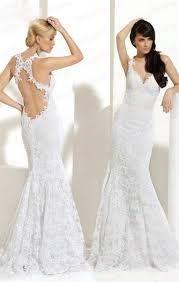 Resultado de imagen para vestidos de novia sencillos con escote en la espalda