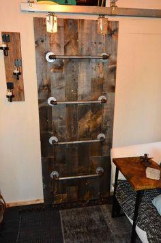 Another view of the Sliding Barn Door Ladder. Genius.