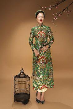 Diễn viên Dương Cẩm Lynh đẹp ấn tượng với áo dài gấm hình ảnh 4