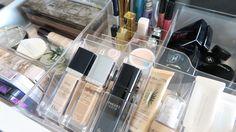 Een geweldige manier om make-up en verzorgingsproducten te ordenen.  ( Doos met vakken- Ikea- GODMORGON- € 14.95)