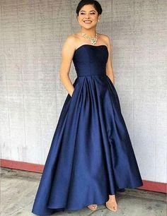 Dark Blue Bridesmaid Dresses, Navy Prom Dresses, Prom Dresses With Pockets, Strapless Prom Dresses, Graduation Dresses, Party Dresses, Flowy Dresses, Dress Prom, Navy Blue Prom Dress Long