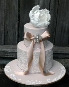 First Holy Communion Cake, Girl First Holy Communion Cake, Latte Cake ... Prefer without large flower and ribbon