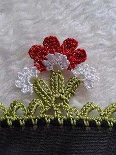 TIĞ İŞLERİ ÖRGÜLER: YENİ YEMENİ YAZMA TÜLBENT OYA ÖRNEKLERİ Crochet Edging Patterns Free, Crochet Borders, Baby Knitting Patterns, Stitch Patterns, Hand Applique, Embroidery Applique, Lace Beadwork, Beading Needles, Crochet Accessories