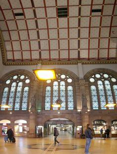 Straßburg Hauptbahnhof - Blick in die Haupthalle
