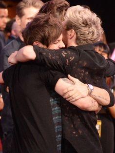 I love group hugs :-))