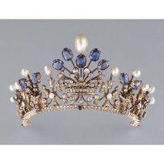 「antique tiara」の画像検索結果