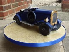 Was thrilled to be asked to make this pre-war car cake. It did prove challenging for a number of reasons, however, the reaction from the birthday boy and the client put all the stress behind me. 3d Cakes, Fondant Cakes, Fondant Cake Designs, Gravity Defying Cake, Awesome Cakes, Cupcake Cookies, Cake Art, Beautiful Cakes, Boy Birthday