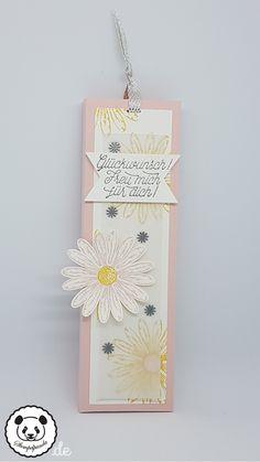 """… möchte ich dir heute zeigen. Für die Verpackung einer Tafel Lindt Schokolade habe ich das neue Set """"Gänseblümchengruß"""" verwendet, welches du ab dem 01.06.2017 bestellen kannst. …"""