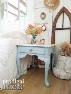 Add cottage flair to your home with this Queen Anne side table. Perfect for entry, living room, bedroom, bath with curvy legs & drawer for storage. Cottage Farmhouse, Farmhouse Decor, Farmhouse Style, Paint Furniture, Furniture Makeover, Furniture Refinishing, Furniture Styles, Furniture Plans, Queen Anne Furniture