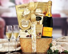 Veuve Clicquot ChampagneGift Basket - Item No: 844 Chocolate Caramels, Chocolate Chip Cookies, Champagne Gift Baskets, Veuve Cliquot, Wine Country Gift Baskets, Stonewall Kitchen, Balloon Gift, Cheese Spread, Gift Hampers