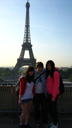 Paris. eiffel tower with friends