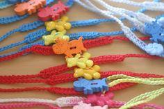Bola de Pêlo Criações: Pulseiras em crochet