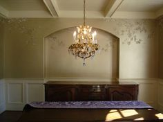 Chinoiserie Grapes on Champagne Metallic Faux - traditional - dining room - atlanta - Visionary Mural Co.