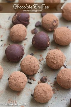 Smooth, creamy and rich, these decadent chocolate truffles are indeed the easiest treat to make for all chocolate lovers.- www.bakehappy.net