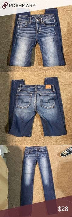 American Eagle skinny American Eagle skinny super stretch. SIZE 0 Regular. Never dried. Perfect condition. Worn 2-4 times American Eagle Outfitters Jeans Skinny