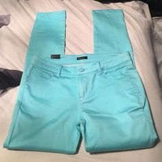 ❗️SALE❗️NWT Reve Turquoise Skinny Jeans NWT. Tag says 9 but I think it will fit a size 8 best. Wanted to keep these so bad but 9 was too small on me  Reve Jeans Pants Skinny