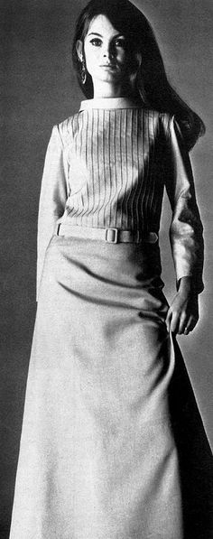 Jean Shrimpton in Louis Feraud...Lana del ray in her first life?