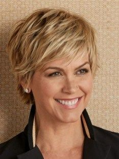 Amazing Bob Hairstyle For Women Over 40 Years 19 Layered Short Hair, Short Layered Hairstyles, Short To Medium Hairstyles, Short Hair For Round Face Double Chin, Style Short Hair Pixie, Blonde Short Hair Cuts, Short Hair Over 50, Hair Cuts Short Layers, Short Short Hair