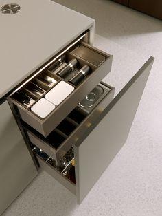 Kitchen Room Design, Kitchen Dinning, Kitchen Pantry, Interior Design Kitchen, Kitchen Decor, Kitchen Cabinets, My House Plans, Home Goods Decor, Kitchen Cabinet Organization