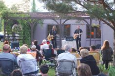 Live music at the Settlement Courtyard Inn free for guests. Lodging in Door County, Wisconsin