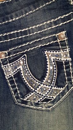 Show Diva Designs junior bootcut jean sizes 25 to 34. Www.showdivadesigns.com