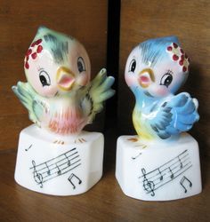 Vintage Lefton Bluebird Salt and Pepper Shakers | unknown |