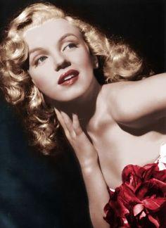 Marilyn in red.