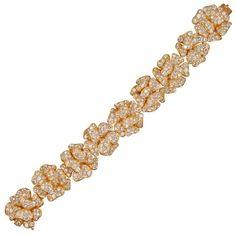 VAN CLEEF AND ARPELS Important Diamond Gold Bracelet