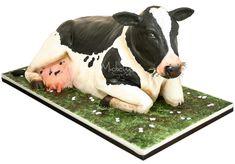 . Cow Cakes, Cupcake Cakes, Beautiful Cakes, Amazing Cakes, Farm Animal Birthday, Farm Cake, Horse Cake, Funny Cake, Sculpted Cakes