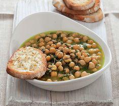 """Cacciucco di ceci Si parla di """"Grandi piatti di legumi"""" con idee sfiziose e ricette irresistibili per una cucina vegetariana ricca, saporita e salutare."""