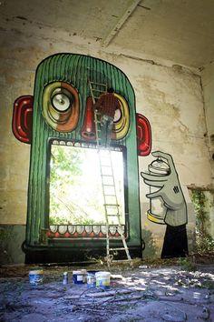 "Artist :Mr Thoms ""Hunger of Vandalism"" Ceprano,Italie.. 2014 #streetart #arturbain #photostreet #artderue #arteurbano #fresque #ville #city #urbanisme #architecture #art #artist #photographie #colors #story #histoire #graffiti #urbanart #curator #collector #collection"