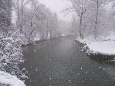 Il Lambro accarezza dalla neve...
