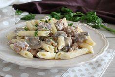 Pennette alla boscaiola con panna funghi e salsiccia gustoso primo piatto