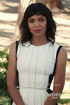 Camille's white pleated dress with black back on Bones.  Outfit Details: http://wornontv.net/37674/ #Bones