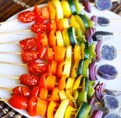 An easy nutrient dense recipe that is sure to impress a crowd, these rainbow vegetable skewers should be included in your next get together! Vegan Recipes Easy, New Recipes, Real Food Recipes, Cooking Recipes, Recipies, Veggie Side Dishes, Veggie Tray, Grilled Vegetable Skewers, Fourth Of July Food