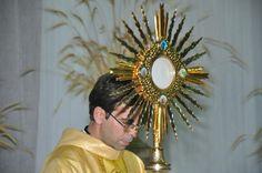 Santissimo Sacramento do Altar - Pesquisa Google