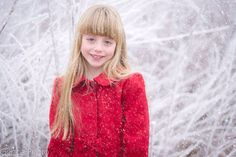 Winter portrait of a child. GenoaPhoto.con Child and family photography in Washington state.