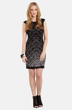 Tiffany v neck printed maxi dress